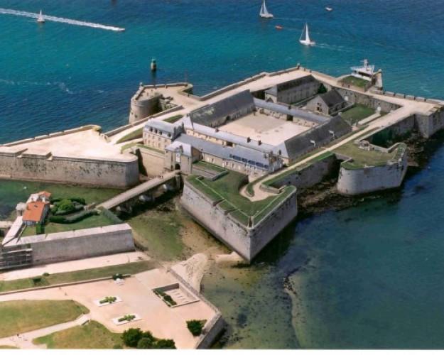 citadelle port louis cite de la voile
